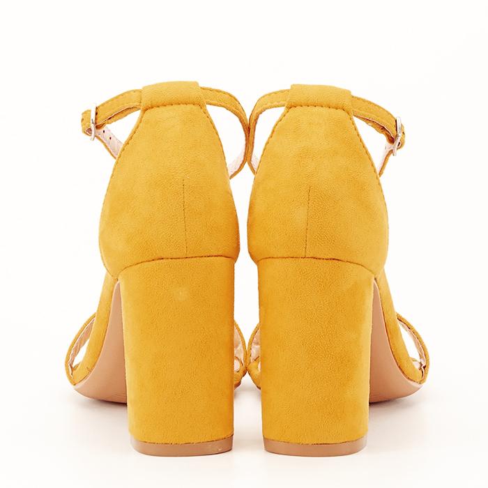 Sandale bej cu toc din piele ecologica 4