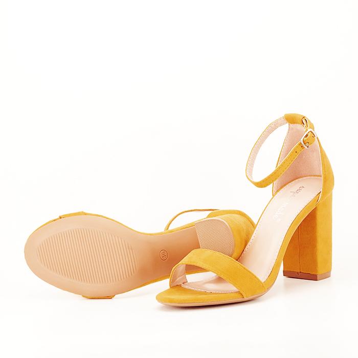 Sandale bej cu toc din piele ecologica 6