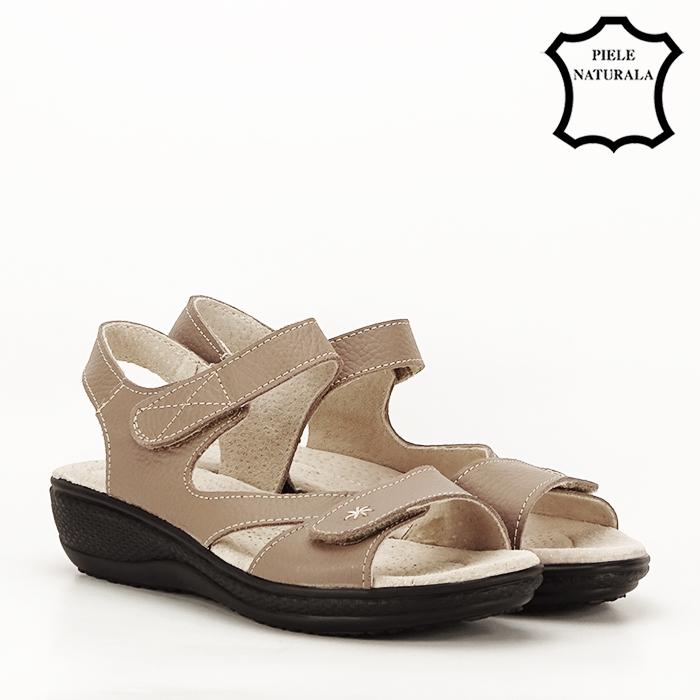Sandale maro deschis din piele naturala Sara 2