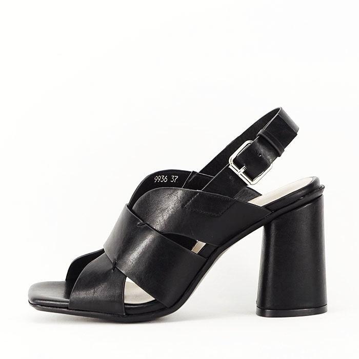 Sandale negre cu toc gros Amalia 1