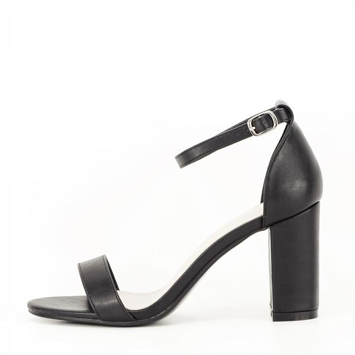 Sandale negre cu toc gros Ingrid 0