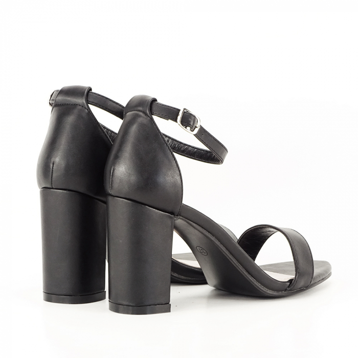 Sandale negre cu toc gros Ingrid 2