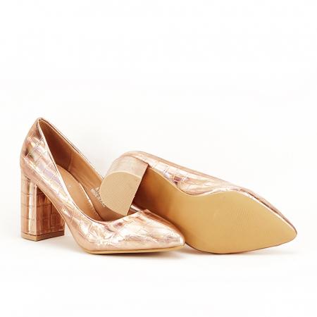 Pantofi champagne cu imprimeu reptila Fancy4
