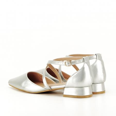 Pantofi argintii cu toc mic Carmen7