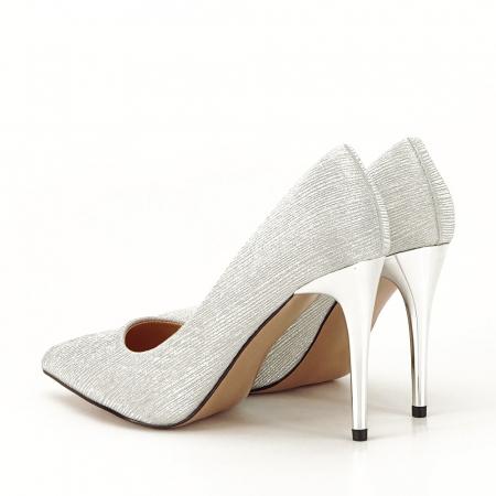 Pantofi argintii eleganti Nina1