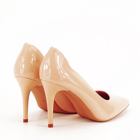 Pantofi bej lacuiti Tiffany [4]