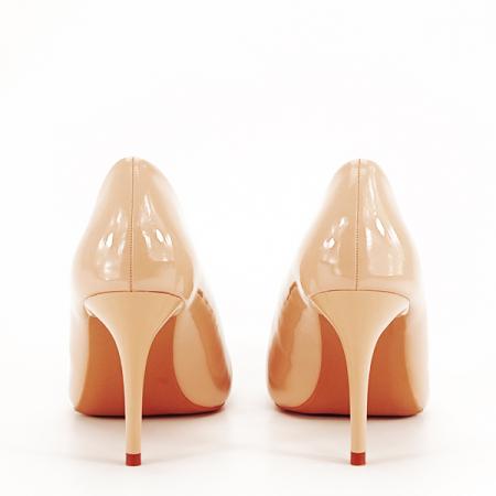 Pantofi bej lacuiti Tiffany [5]