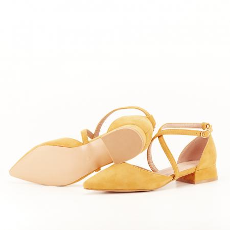Pantofi galben mustar cu toc mic Carmen4