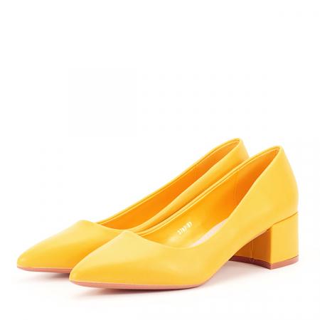 Pantofi galbeni Anita [1]