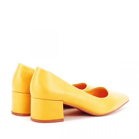 Pantofi galbeni Anita [4]