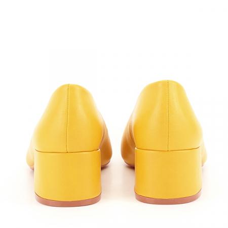 Pantofi galbeni Anita [5]