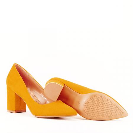 Pantofi galbeni cu toc gros Adelina7