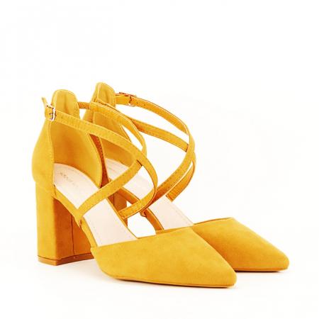 Pantofi galben mustar cu toc gros Amira [3]