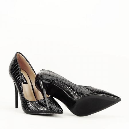 Pantofi negri cu imprimeu Alice [7]