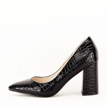 Pantofi negri cu imprimeu Bianca0