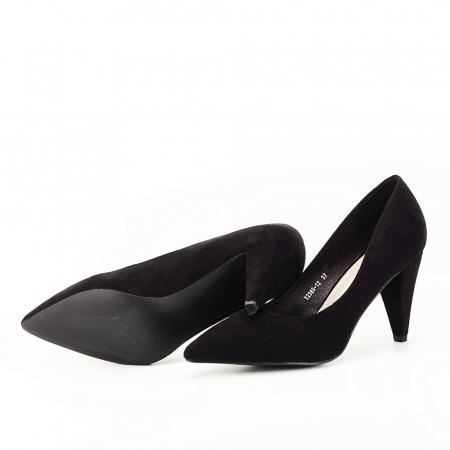 Pantofi negri cu toc conic Dion4