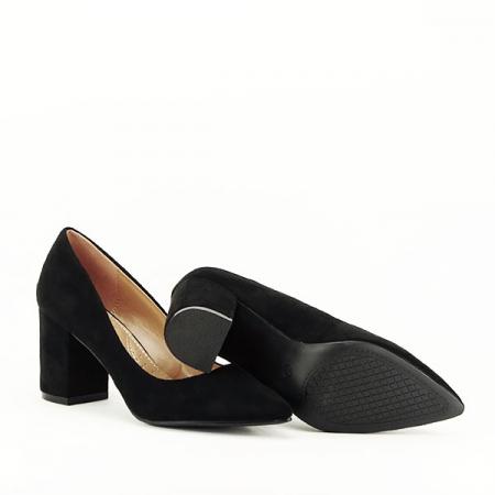 Pantofi negri cu toc gros Adelina7