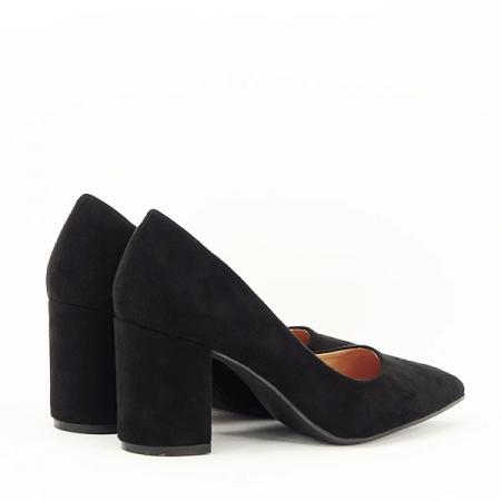 Pantofi negri cu toc gros Adelina4