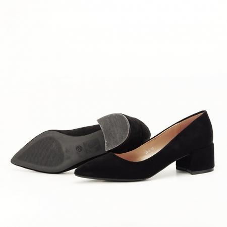 Pantofi negri cu toc mic Carla [4]