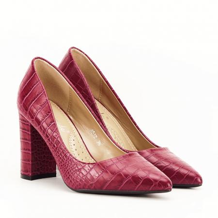 Pantofi rosu burgundy cu imprimeu Dalma3