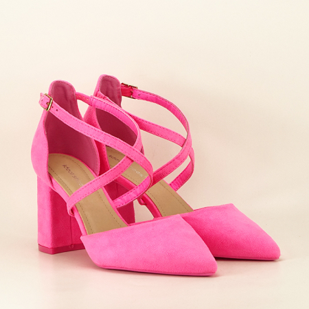 Pantofi roz neon cu toc gros Amira1