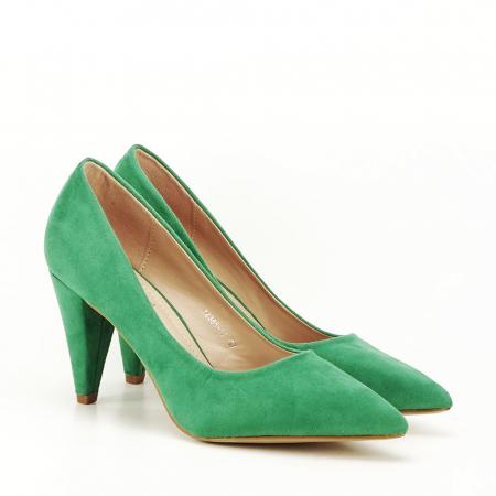 Pantofi verzi cu toc conic Dion2