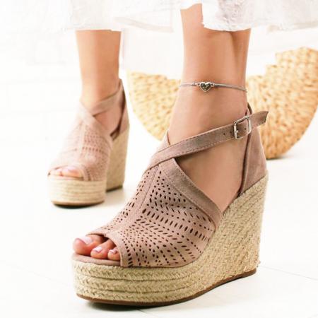 Sandale bej cu platfoma Jasmine [0]
