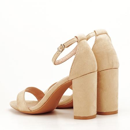 Sandale bej cu toc gros Flavia6