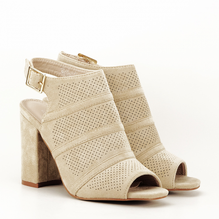 Sandale bej cu toc gros Gianina [1]