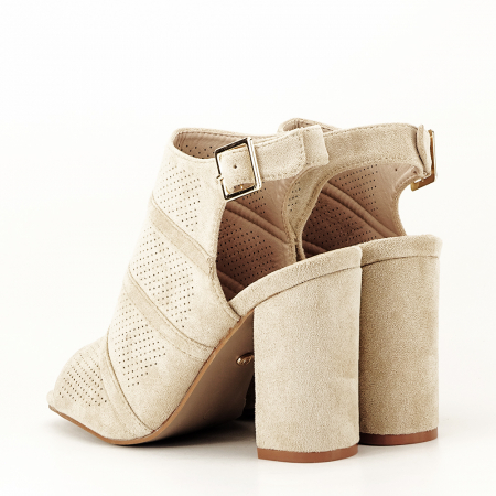 Sandale bej cu toc gros Gianina [6]