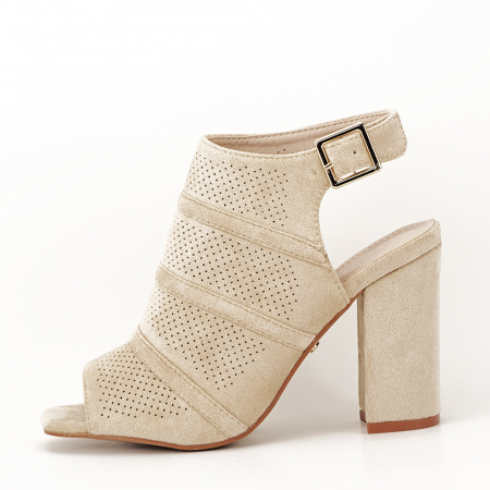 Sandale bej cu toc gros Gianina [0]