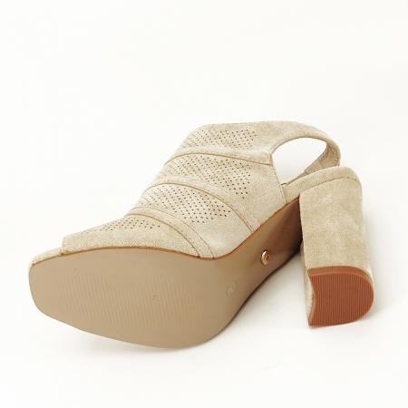Sandale bej cu toc gros Gianina [7]