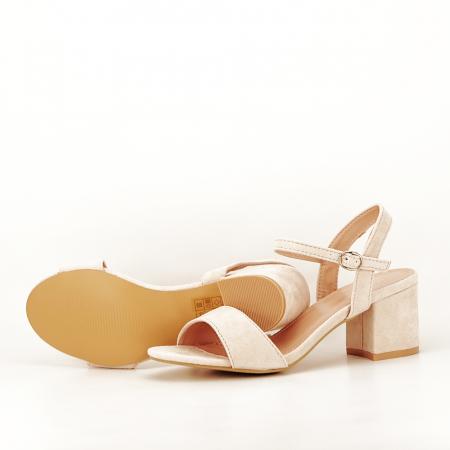 Sandale bej cu toc mic Vanesa7