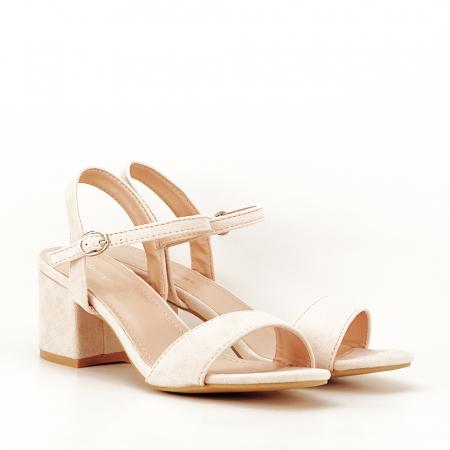 Sandale bej cu toc mic Vanesa5