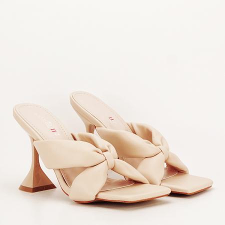 Sandale bej cu toc Sonia [2]