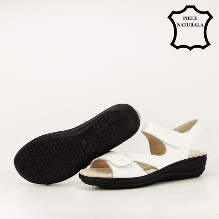 Sandale albe din piele naturala Sara7