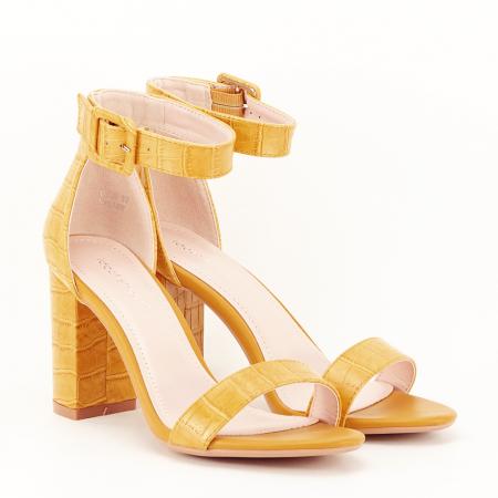 Sandale galben mustar cu imprimeu reptila Miruna [7]