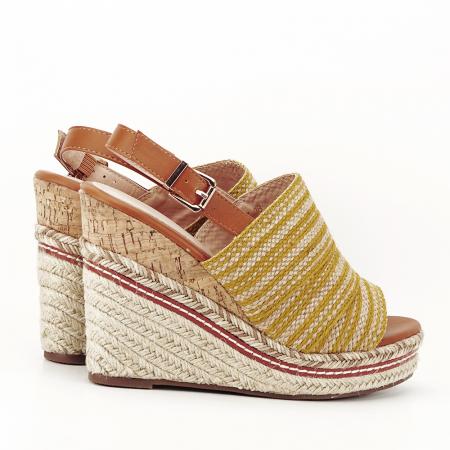 Sandale galbene cu platforma Lucia2
