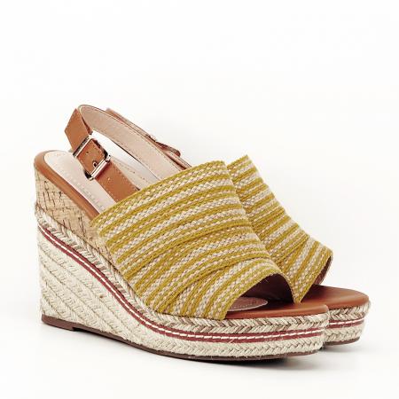 Sandale galbene cu platforma Lucia1