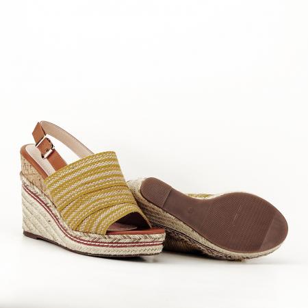 Sandale galbene cu platforma Lucia4