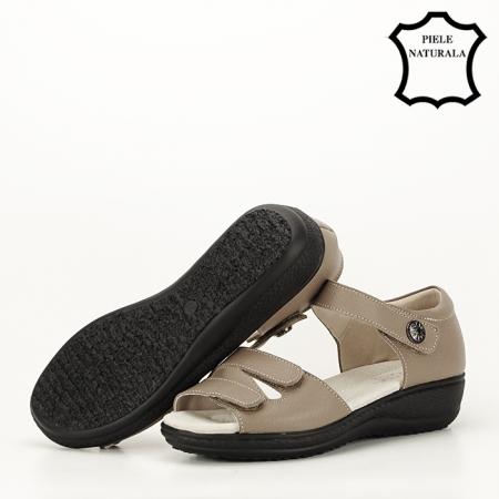 Sandale maro deschis din piele naturala Agata5