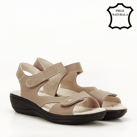 Sandale maro deschis din piele naturala Sara2