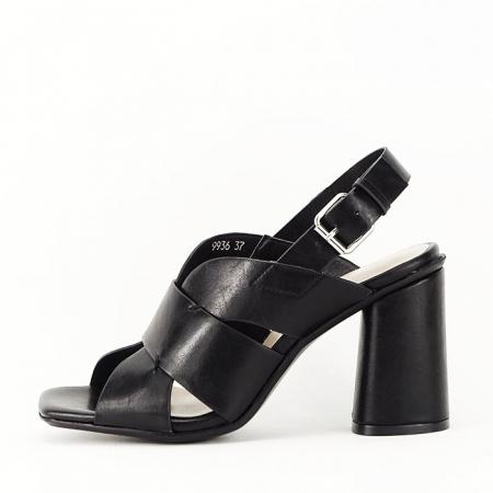 Sandale negre cu toc gros Amalia1