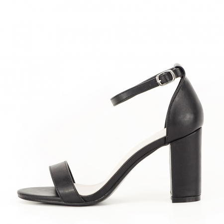 Sandale negre cu toc gros Ingrid0