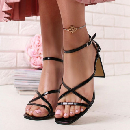 Sandale negre cu toc Jessie [0]