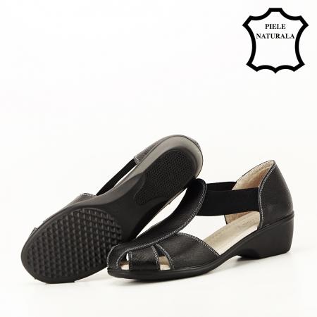 Sandale negre din piele naturala Calypso6