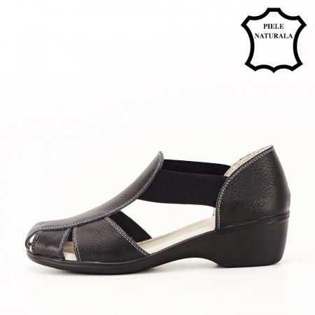 Sandale negre din piele naturala Calypso1