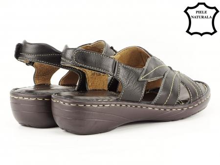 Sandale negre din piele naturala Mona3