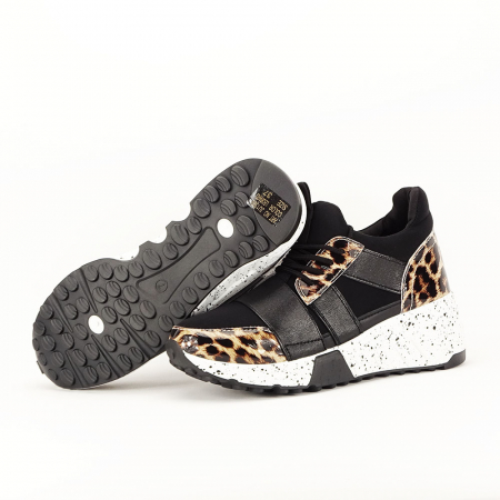 Sneakers negri cu talpa alba Limana2