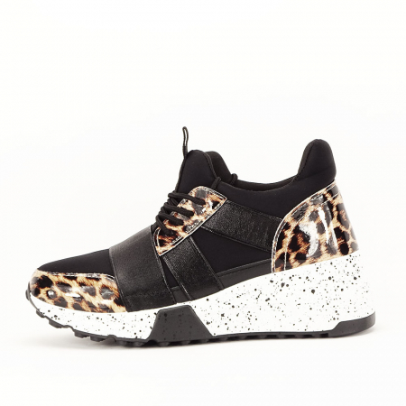 Sneakers negri cu talpa alba Limana0